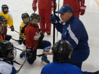 6 Factors to Consider when Choosing a Hockey Camp