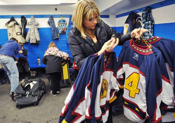 The Importance of the Team Manager in Minor Hockey